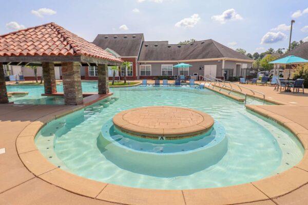 Lakeside Pool-06