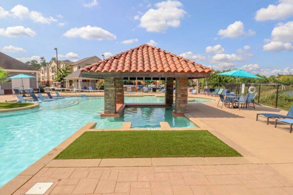 Lakeside Pool-10