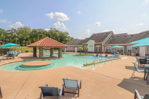 Lakeside Pool-12
