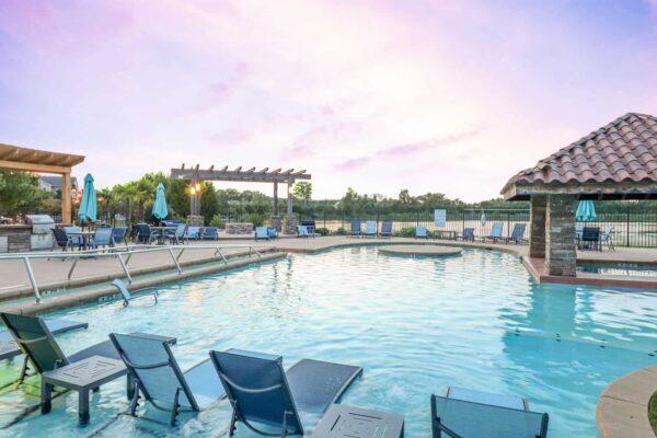 Pool Twilight 1 New